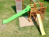 Lajháros óriás mászóka, teraszos toronnyal 3 és 4 méteres csúszdával